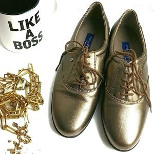 Easy Spirit Anti Gravity Gold Lace Up Shoes 9.5